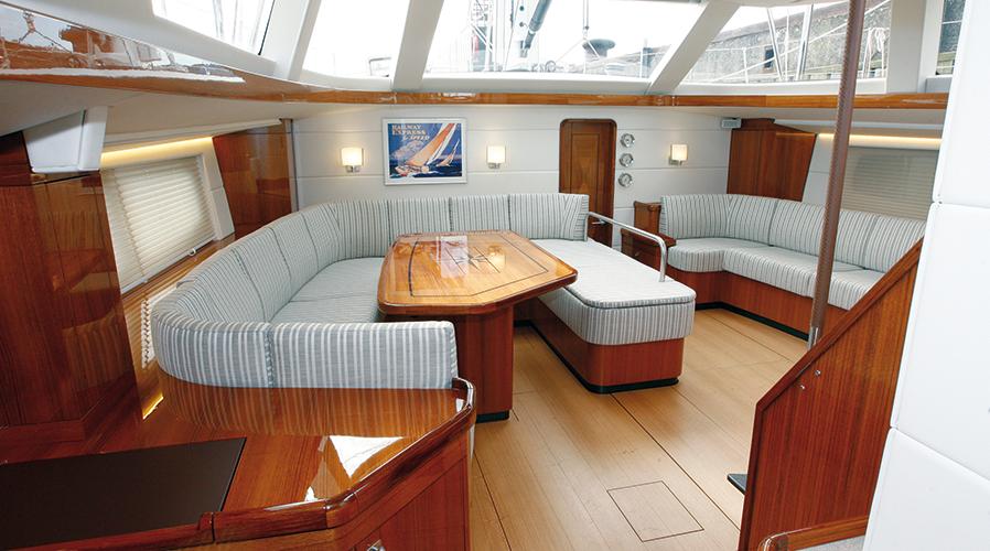 Sentirsi a casa sullo yacht quadro elettrico impianti